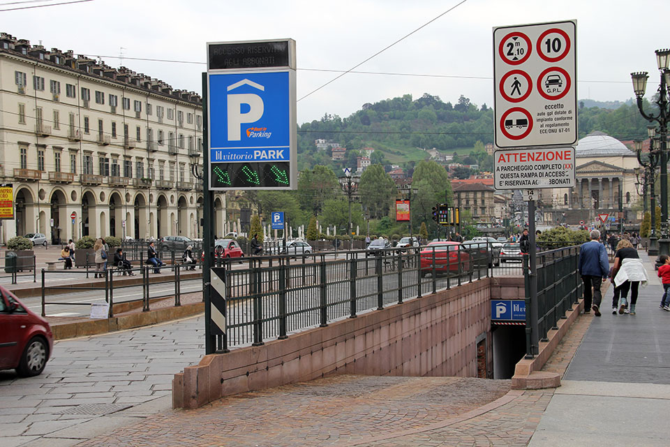 Parcheggio sotterraneo Vittorio Park